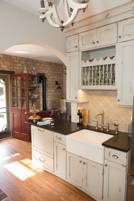 Elegant Victorian Kitchen Chicago By Michelle Lecinski Houzz Au