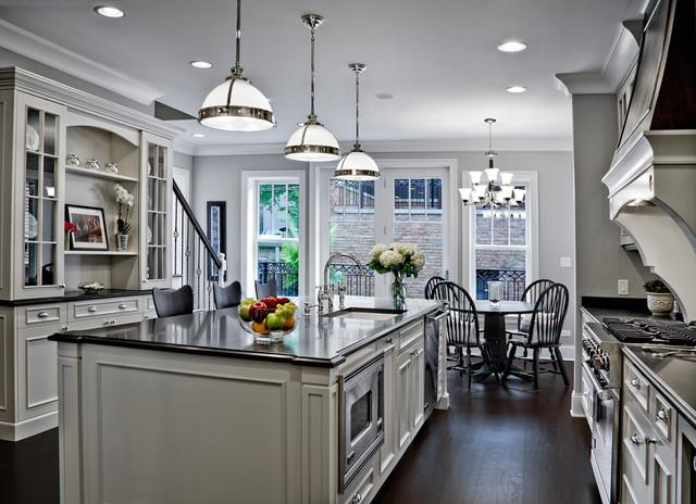 Elegantly Detailed Kitchen traditional-kitchen