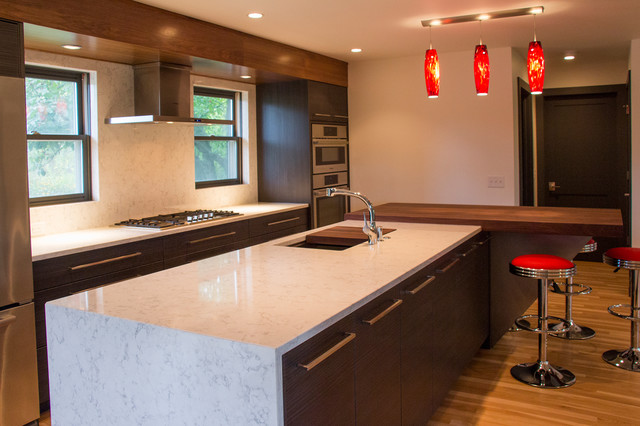 Elkhart Lake Vacation Home Remodel Contemporary Kitchen Other By Paceline Construction