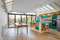 Open-Plan Kitchen Gains Light and a Connection to Nature