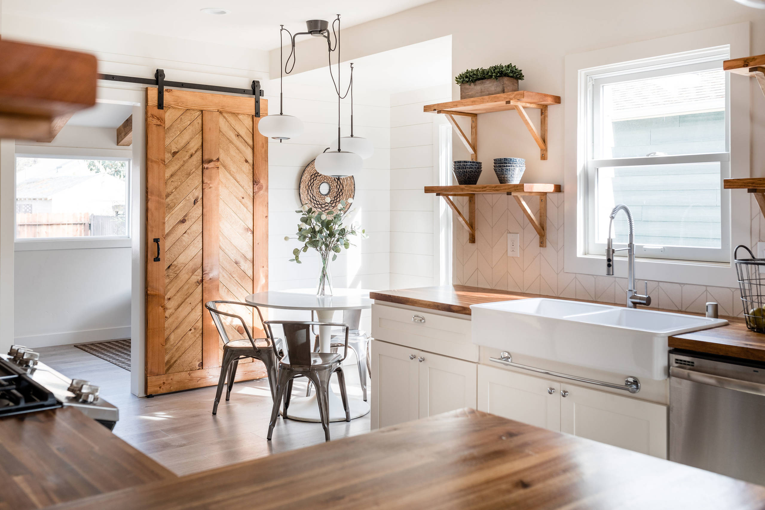 75 Beautiful Small U Shaped Kitchen Pictures Ideas December 2020 Houzz