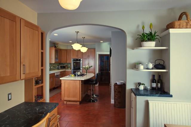 Elmwood Kitchen, Nook, and  Bathroom traditional-kitchen