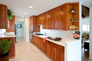 enchanted lakes home kolonialstil k che hawaii von. Black Bedroom Furniture Sets. Home Design Ideas