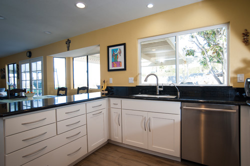 Open Concept Kitchens Have Become The Desire Of Most Families In Recent  Years. Great Rooms, Which Include The Kitchen, Dining Area And Family Room  All In ...