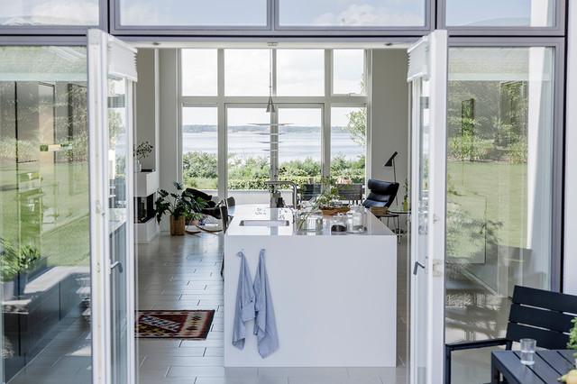 Enestående villa med gennemgående køkken/alrum   skandinavisk ...