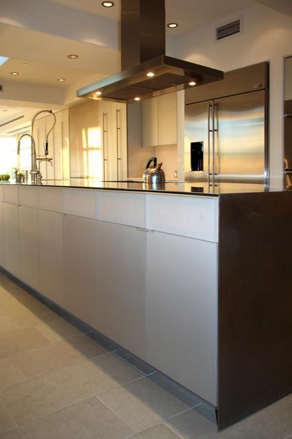 Engel Residence modern-kitchen