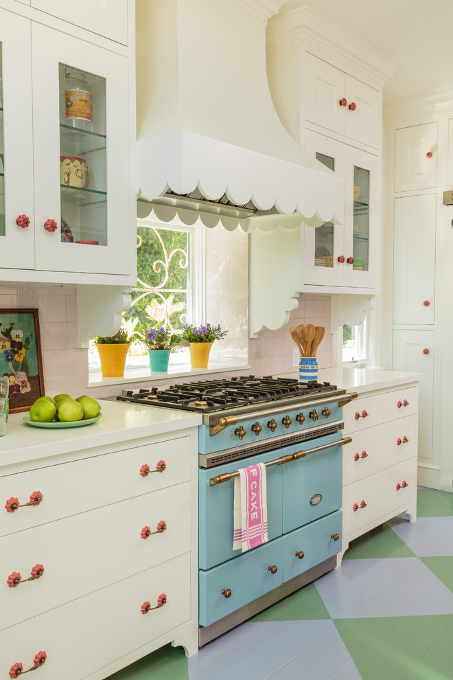 Inspiration for a coastal kitchen remodel in Los Angeles