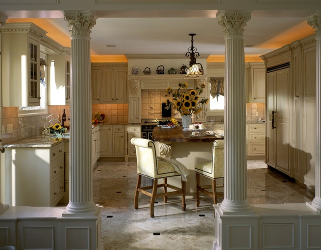English Country Elegant Kitchen New York traditional-kitchen