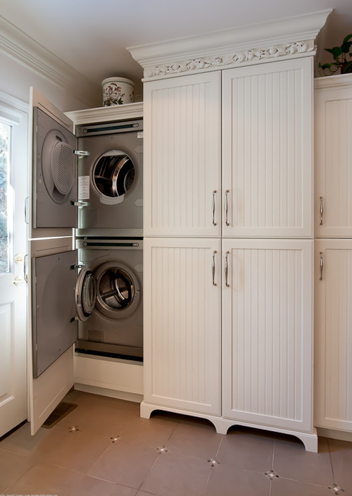 are the cabinet doors actually attached to washer dryer doors