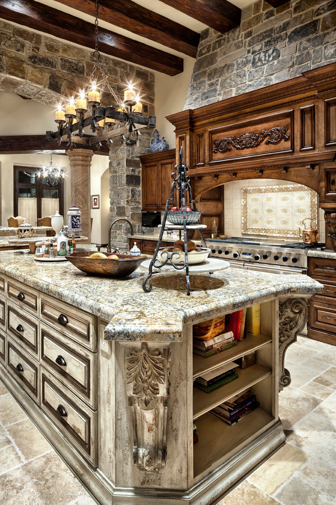 English Manor - Traditional - Kitchen - Houston - by ...