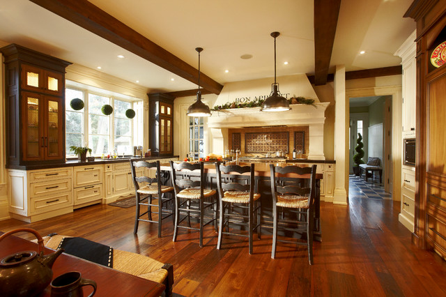 English manor traditional kitchen toronto by for Traditional english kitchen design