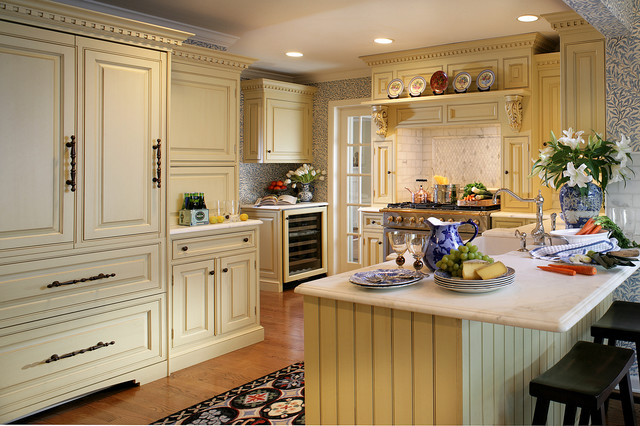 English style in ridgewood traditional kitchen for Traditional english kitchen