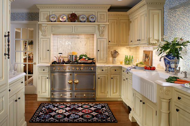 English style in ridgewood for Kitchen decoration photos