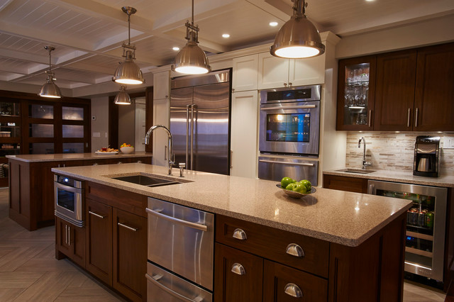 Entertaining kitchen traditional kitchen toronto for Entertaining kitchen designs