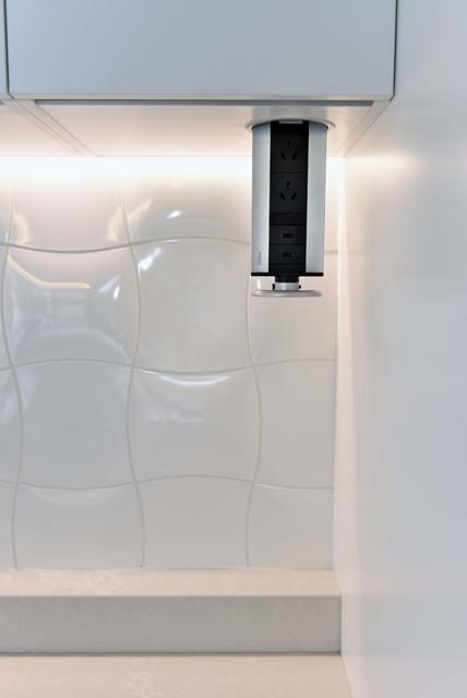 10: Doncaster - Modern - Kitchen - Melbourne - by Deadline Design
