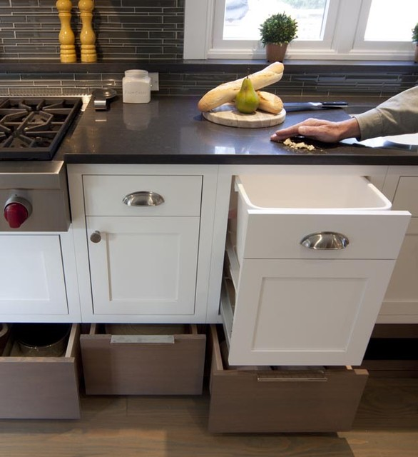 Erica kitchen amagansett traditional kitchen new york by smith river kitchen bath inc - Caesarstone sink kitchen ...