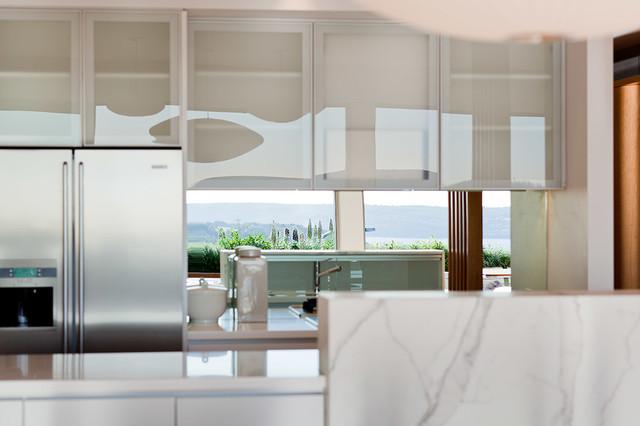 Escarpa contemporary-kitchen