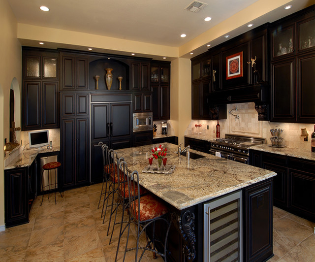 Espresso finish custom cabinets traditional kitchen for Kitchen designs with espresso cabinets