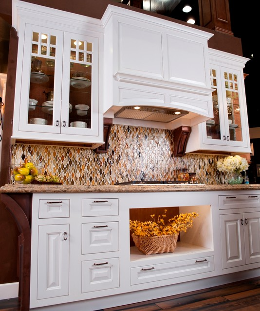 Maple Cabinets In Traditional Kitchen: Estate Custom Collection Rose Hall Square Maple Inset