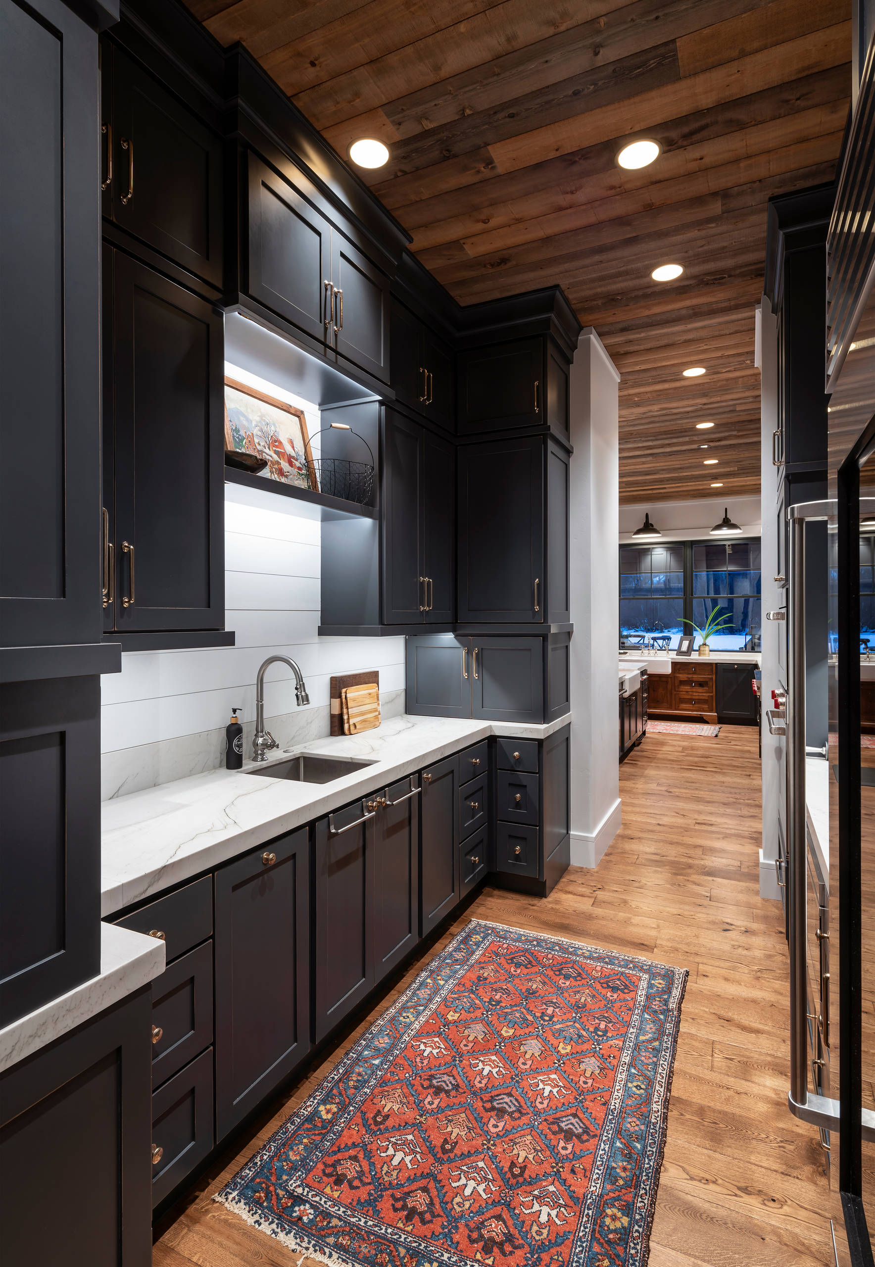 75 Beautiful Kitchen With Shiplap Backsplash Pictures Ideas January 2021 Houzz