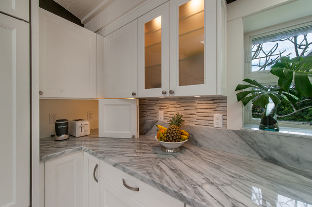 Ethereal transitional kitchen hawaii by for Archipelago hawaii luxury home designs