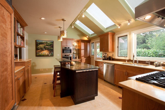 Eugene Oregon Home Traditional Kitchen Portland By The Neil Kelly Company