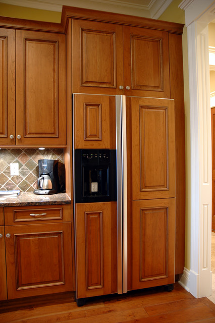 Euro Look Kitchen traditional-kitchen