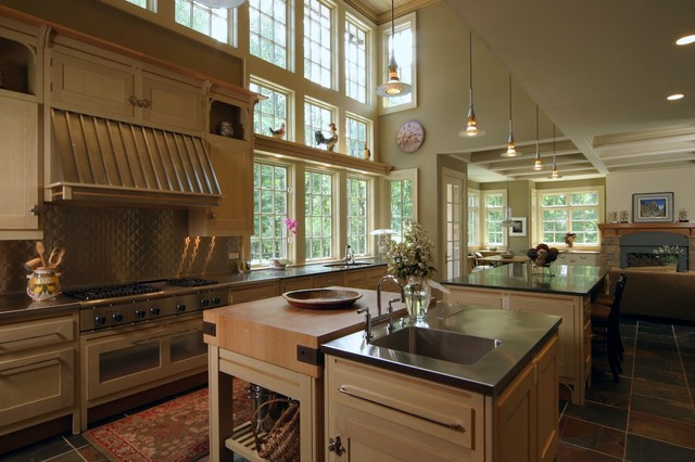 European chateau for Traditional european kitchen