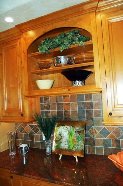 Eurostyle 39 Butler 39 S Pantry 39 Traditional Kitchen Other Metro By Marc Ekhause Home Builder