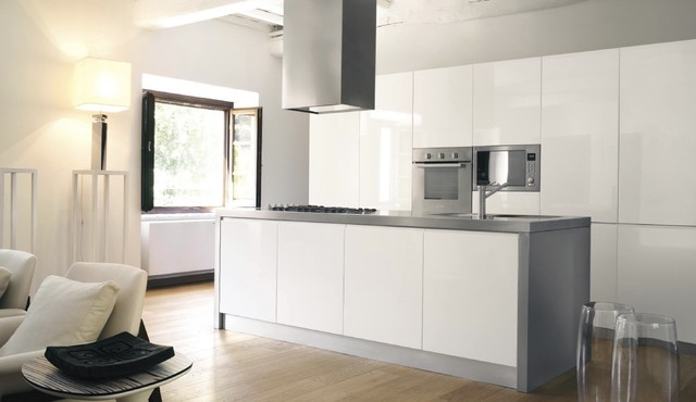 Eva modern white kitchen