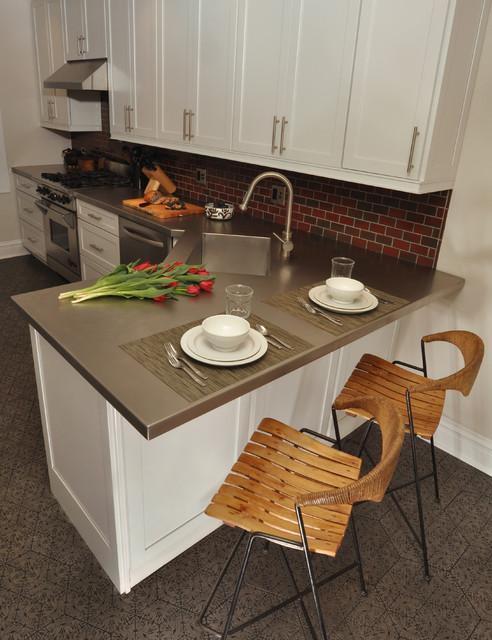 Evanston Kitchen Rehab - Contemporary - Kitchen - chicago - by Nicholas Moriarty Interiors