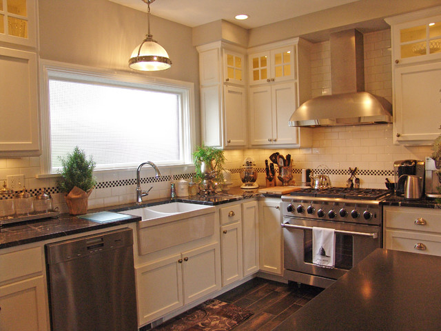 Everett Remodel Traditional Kitchen Seattle By Parr Cabinet Design Center