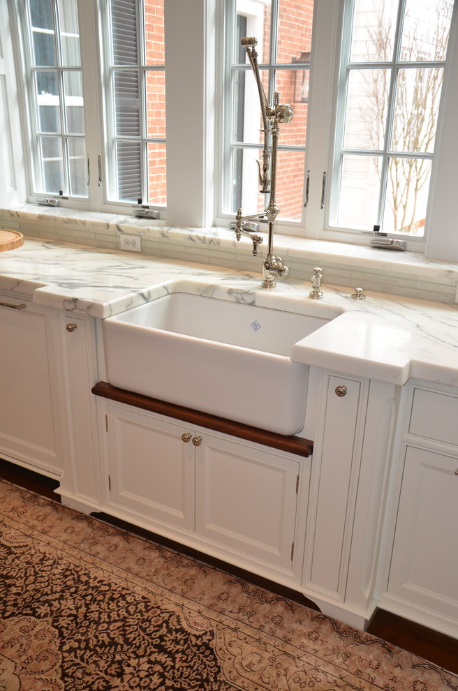 Inspiration for a cottage kitchen remodel in DC Metro