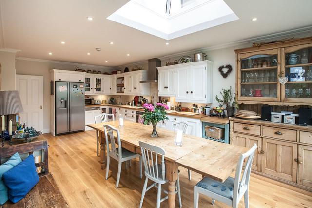 Extension And Refurbishment In Hampton London By L E Don T Move Extend