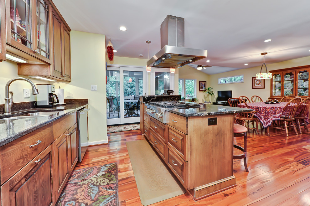 Example of a classic kitchen design