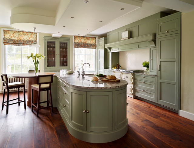 Fallowfield Traditional English Country Kitchen. Traditional Kitchen