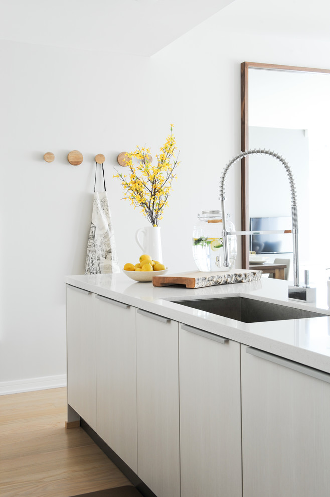 Inspiration for a scandinavian kitchen in Vancouver.