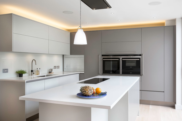 ... Kitchen - Cambridgeshire - by David Hall Kitchen and Furniture Makers