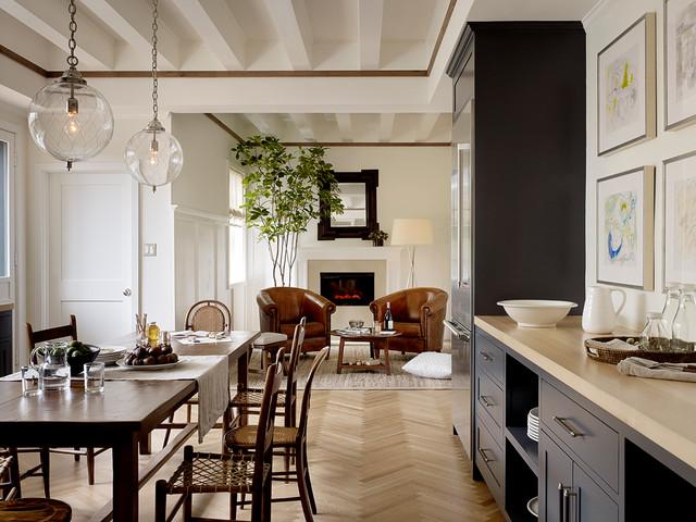 Family Kitchen Transitional Kitchen