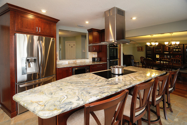 Family Kitchen with Butler's Pantry traditional-kitchen