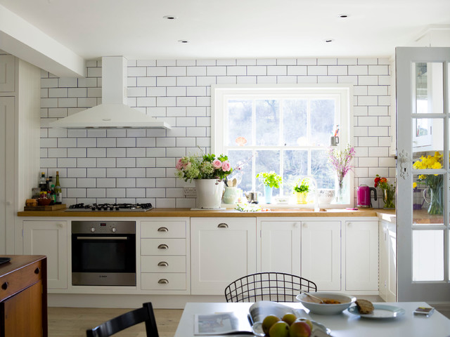 Family Living   South Downs Sussex Farmhouse Kitchen