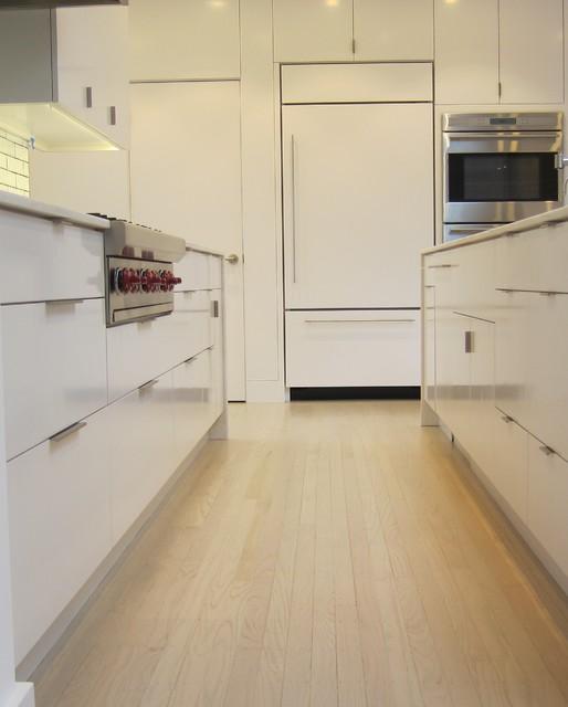Farallon contemporary-kitchen