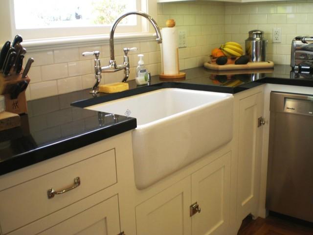 Farm-style Apron Sink - Traditional - Kitchen - San ...