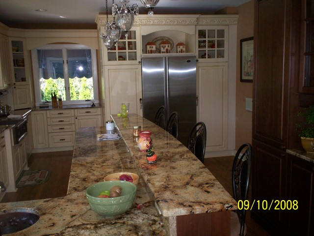 traditional kitchen by Taurus Construction, Inc.