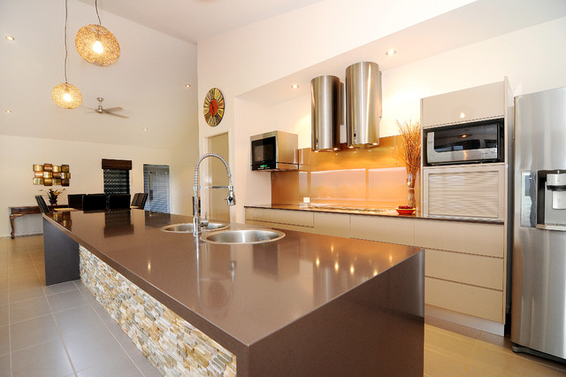 Farmers Oasis Contemporary Kitchen Cairns By Edr Building Designs