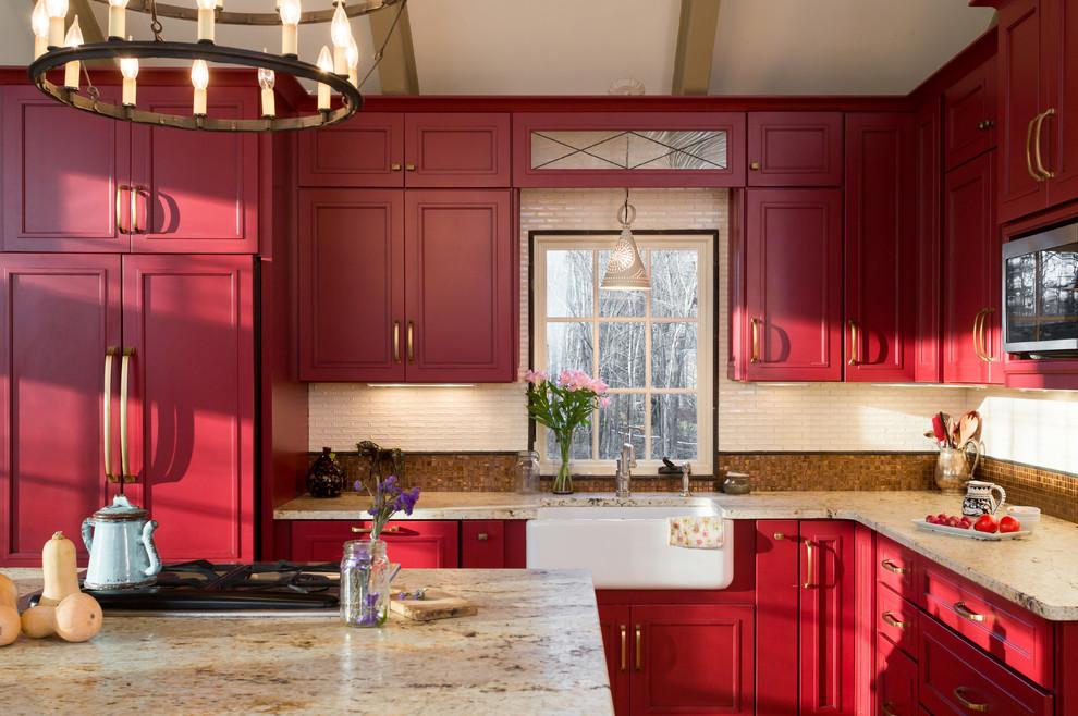 Kitchen - farmhouse kitchen idea in Boston