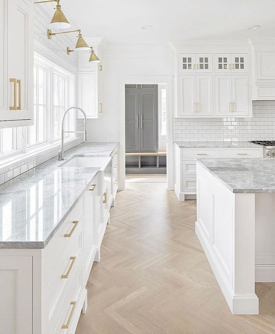 75 Beautiful Farmhouse Kitchen With An Island Pictures Ideas December 2020 Houzz