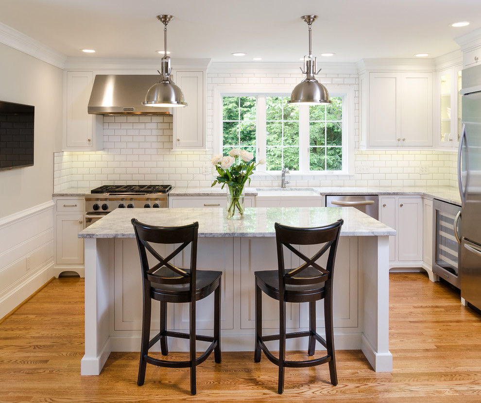 Farmhouse Kitchen in Richmond, Virginia - Farmhouse ...