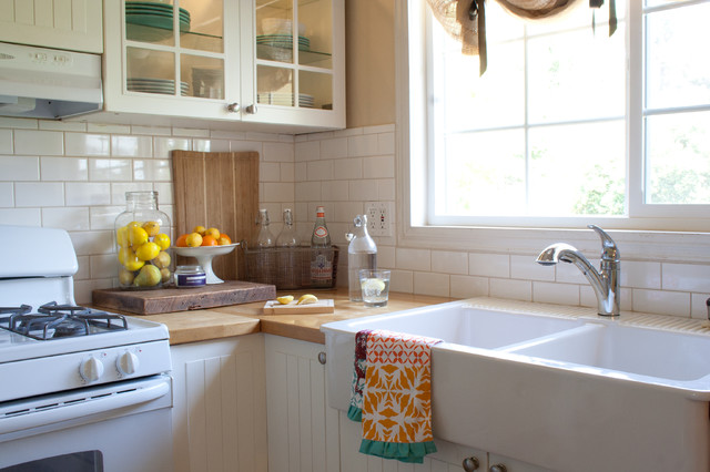 The Old Painted Cottage: Kitchen - Traditional - Kitchen - los angeles ...
