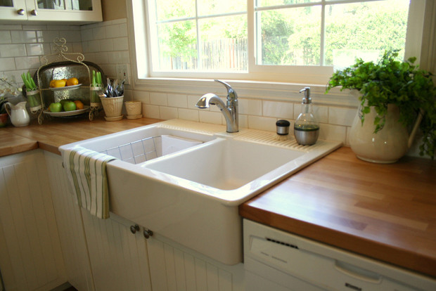 Farmhouse Kitchen Sinks Ikea farmhouse kitchen - traditional - kitchen - los angeles -